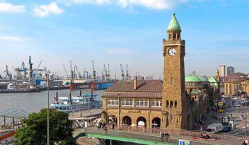 Am Hamburger Hafen finden Seh-Leute jede Menge zum Staunen.