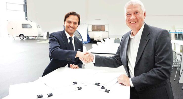 Andreas Lobejäger, CEO Erwin Hymer Group, Giacomo Carelli, CEO FCA Bank