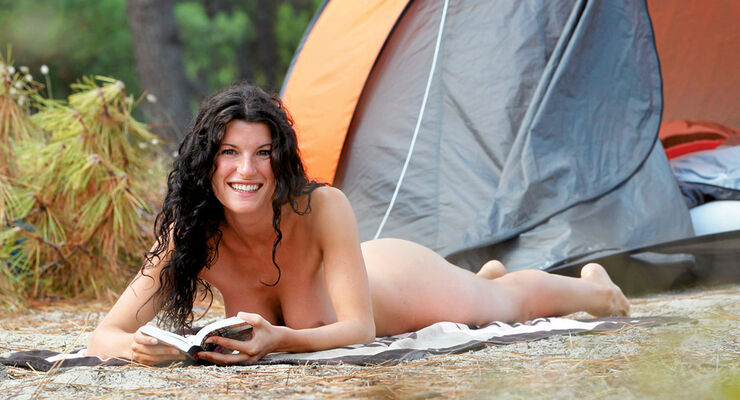Camping Cheque: La Grande Cosse, FKK-Campingplatz