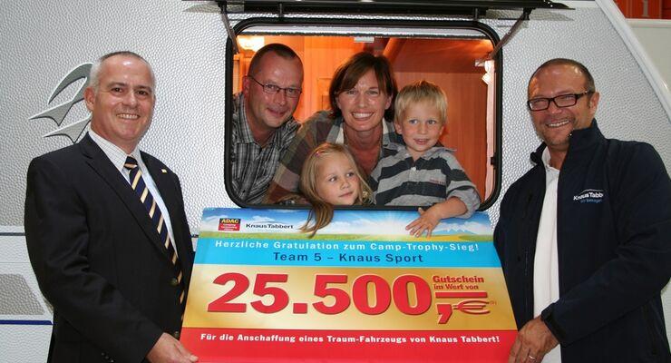 Camping-Rally des ADAC Verlags und der Knaus Tabbert GmbH endet mit der Siegerehrung auf dem Caravan Salon