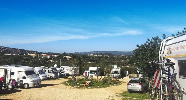 Centieira: der Stellplatzder Motorhome Friends in der Region Algarve.