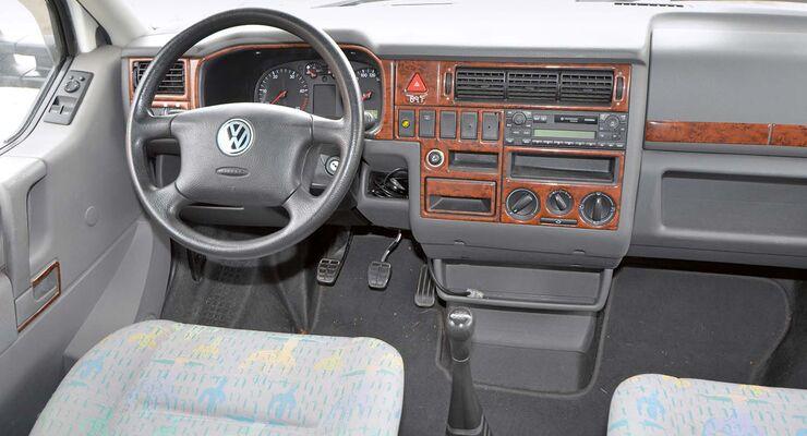 Cockpit im VW T4
