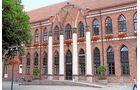 Das Rathaus zählt mit seiner fast 200 Jahre alten Fassade zu den ältesten neogotischen Bauwerken Deutschlands.