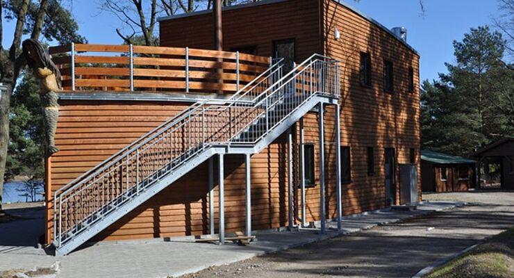 Der Campingplatz Rathenow am Steckelsdorfer See im Havelland konnte nach zweijähriger Bauzeit wiedereröffnet werden