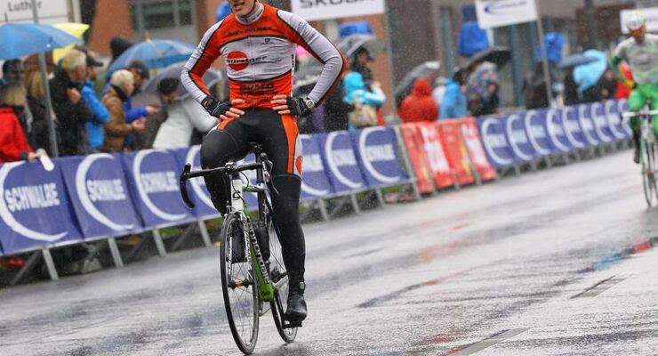 Die Bürstner-Mannschaft belegt Top-Plätze im Auftaktrennen zum German Cycling Cup.