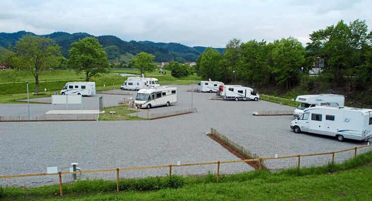 Ein Städtchen nahe Offenburg am Oberrhein macht sich für Reisemobilfahrer attraktiv und wartet mit zwei Stellplätzen auf.