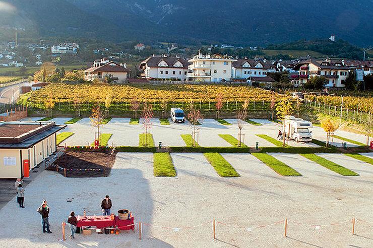 Eppan: Der Stellplatz in den Weinbergen.
