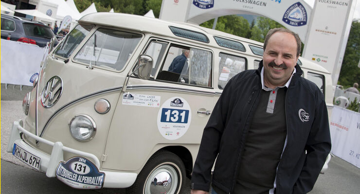 Johann Lafer und sein VW Bulli T1 Samba