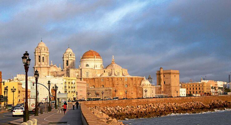Kathedrale von Cádiz, erbaut zwischen 1720 und 1838