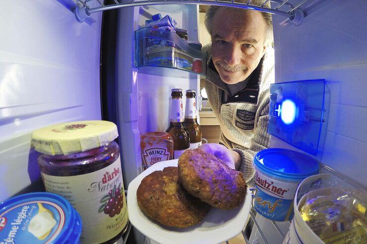 Kühlschrank Verriegelung : Wohnmobil kühlschrank absorber oder kompressor promobil