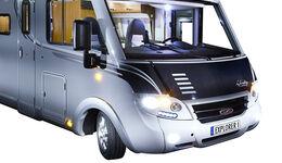 LMC präsentiert in Halle 1 Messe Reise + Camping 2011 in Essen auf rund 1200 Quadratmetern Fläche 10 Reisemobile und 13 Wohnwagen der neuesten Generation