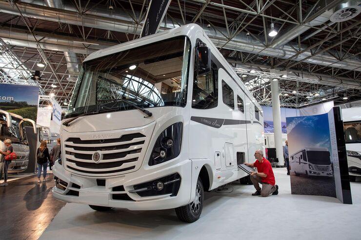 le voyageur liner 9 3 qc car 2019 luxusmobil promobil. Black Bedroom Furniture Sets. Home Design Ideas