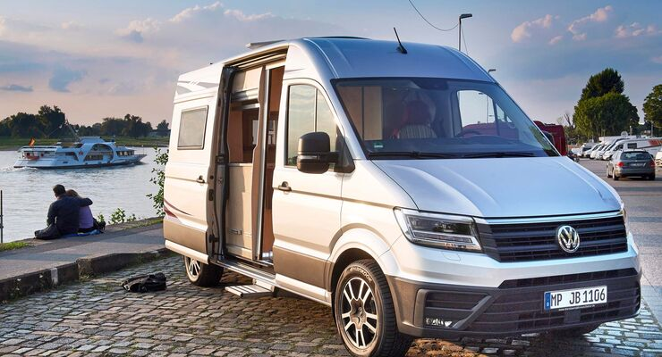 reisemobil manufaktur individual camper auf vw crafter. Black Bedroom Furniture Sets. Home Design Ideas