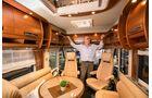 Reisemobil Carthago Chic-E-Line mit Stehhöhe von 2,11 m.