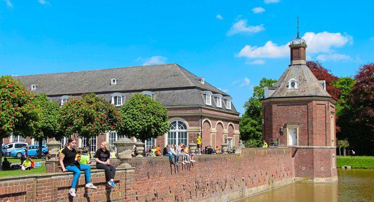Schloss Nordkirchen ist die größte Barockresidenz Westfalens und hat seine Ursprünge im 16. Jahrhundert.