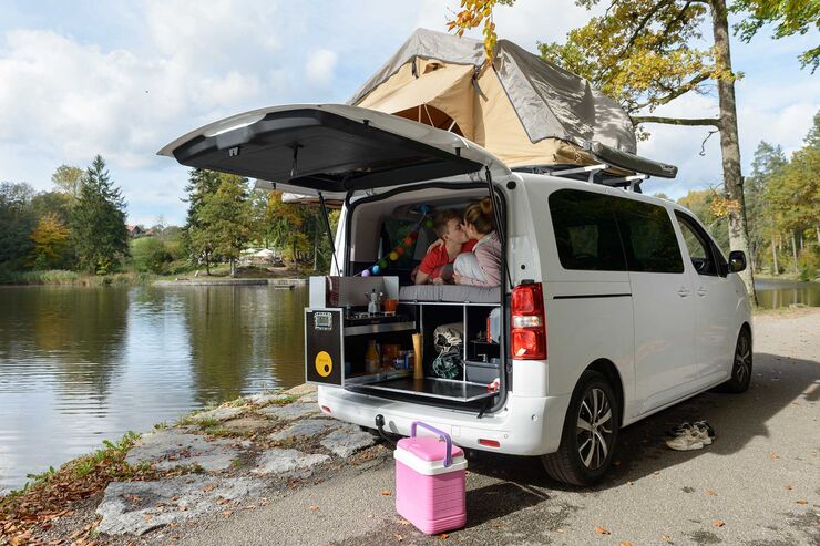 toyota proace verso campervan test mit ququq und arb. Black Bedroom Furniture Sets. Home Design Ideas