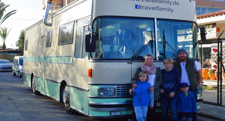 Travelfamily Bus