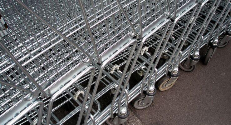 Urteil: Das Entfernen nach einem Einkaufswagen-Unfall ist keine Fahrerflucht
