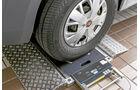 Vergleichstest, Basisfahrzeuge, Sicherheit: Conti-Reifen