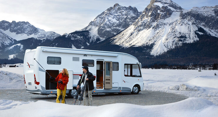 wintercamping mit dem wohnmobil promobil. Black Bedroom Furniture Sets. Home Design Ideas